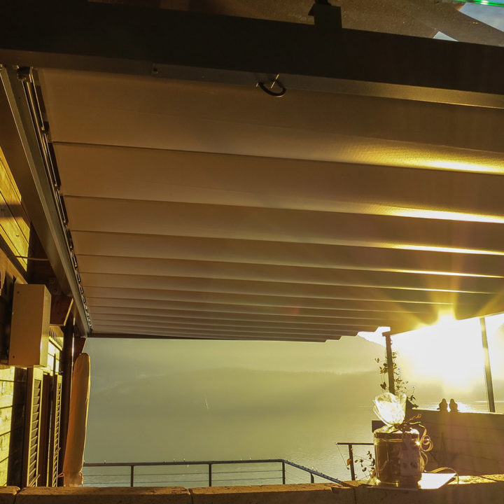 Sonnen-Regenpergola 06
