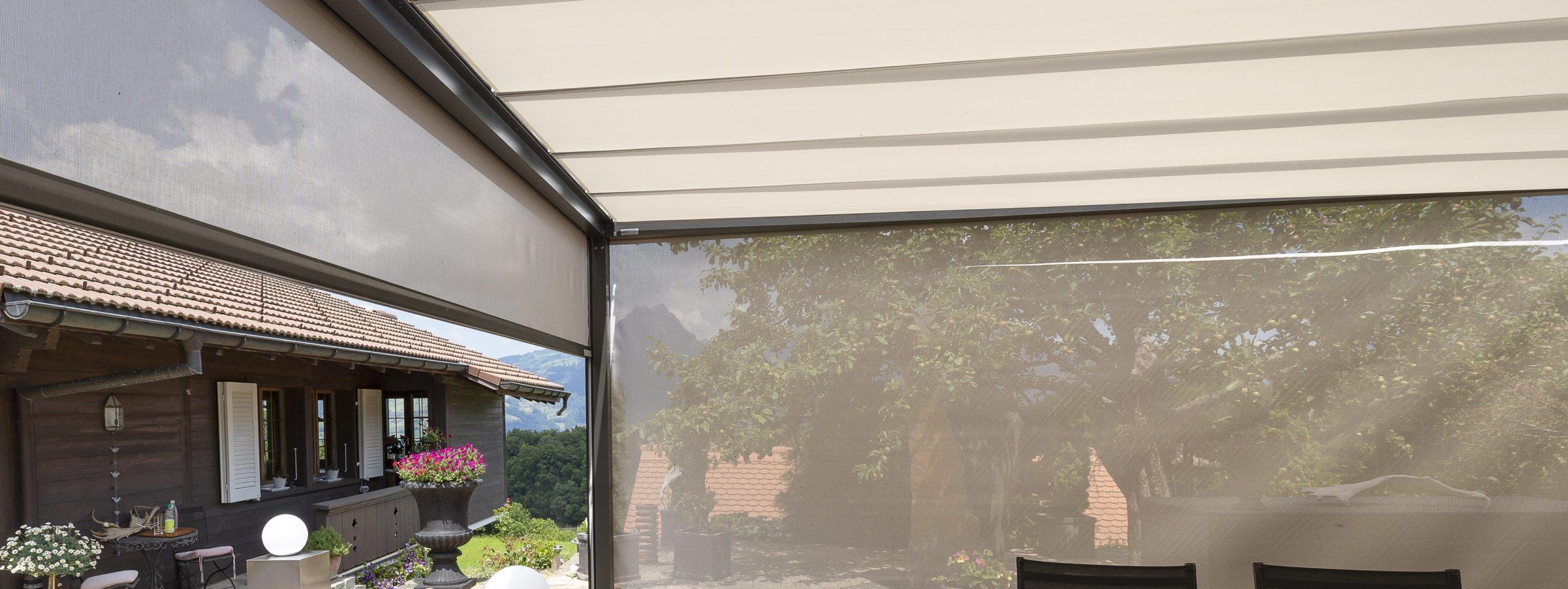 pergola-wind-sonnenschutz-senkrechtbeschattung-beschattungssystem