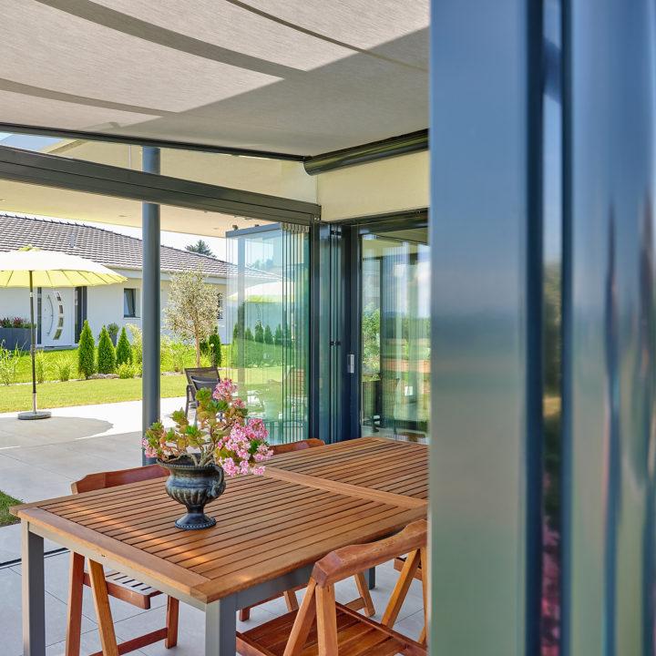 innenansicht glasdach mit unterdachmarkise